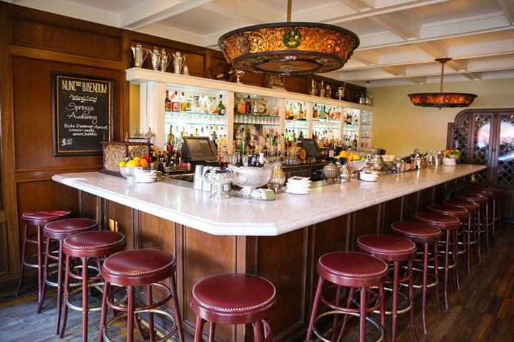 Bartenders-Wouldnt-Be-Where-They-Are-Without-Their-Time-in-the-Kitchen-big-bar-day-IROCKPARTIES